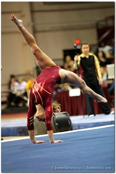 University of Minnesota women's gymnastics Dusti Russell college gymnast floor exercise #KyFun