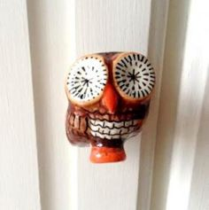 Twit Twoo! Be the envy of all of your house guests by donning your furniture in these cheeky ceramic chaps.  http://www.thereclamationshop.co.uk/antique/twittwoo--owl-knob-/440/13