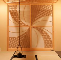 Add Oriental Style to Your Home with a Japanese Shoji Window Screen Japanese Taste, Japanese Tea House, Bullet Journal Frames, Door Design, House Design, Washitsu, Wooden Trellis, Shoji Screen, Ceiling Art