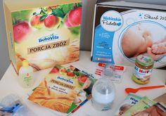 Będąc w ciąży natrafiłam na stronkę producenta żywności dla niemowlaków, który w zamian za rejestrację na jego stronie, oferował wysyłkę darmowych próbek. Jak się okazuje, taką formę promocji prowadzi większość firm. Dla nich jest to możliwość otrzymania opinii rodziców, przedstawienia swojej oferty oraz pozyskania nowych klientów. Dla nas szansa na wypróbowanie i przetestowanie produktów przed ich zakupem, dzięki czemu możemy zaoszczędzić pieniądze na nietrafionych czy nieodpowiadających… Baby, Kids, Young Children, Boys, Children, Baby Humor, Infant, Babies, Boy Babies