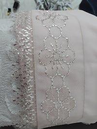 Kastamonu Merkez konumunda ikinci el beyaz ve gri çiçek tekstil