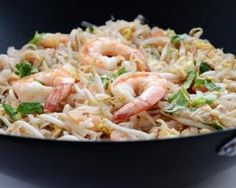Who says a wok is used only for Asian food? Learn how it can be put to good use for multiple culinary applications. Wok Recipes, Healthy Diet Recipes, Light Recipes, Asian Recipes, Ethnic Recipes, Cooking Chinese Food, Woks Cooking, Steamed Lobster, How To Make Taco