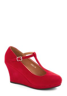 Dashing to Dinner Wedge in Ruby, #ModCloth
