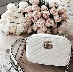 :゚゚: - Gucci Disco - Trending Gucci Disco for sales. Gucci Handbags, Luxury Handbags, Purses And Handbags, Gucci Bags, Cheap Handbags, Gucci Disco, Summer Handbags, Brown Handbags, Designer Handbags