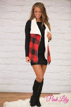 You'll love wearing this wonderfully cozy plaid vest all season long - you're never going to want to take it off!