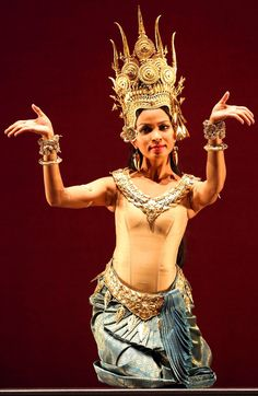 """ The Legend of Apsara Mera"" by the Royal Ballet of Cambodia at the Brooklyn Academy of Music. / Photographed by Andrea Mohin Thai Wedding Dress, Rare Clothing, Khmer Empire, Academy Of Music, Kinds Of Dance, Royal Ballet, Human Art, Koh Tao, Up Girl"