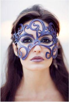 smirly mask  : トム・バンウェル(Tom Banwell)作成のスチームパンク的なマスク
