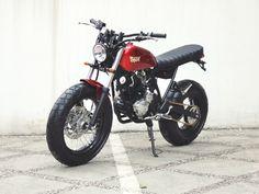 Modifikasi Yamaha Scorpio Jap Style Merah