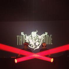 """By smurfauye: Quand t'as les deux DJ à l'event qui ont fais ce que tu éprouve pour le hardcore devant toi.. Tu as """"juste"""" un mélange d'émotion positive qui te font dire """"Maintenant je peux mourir tranquille"""" !  Merci @djmaddog @cristianaof  #thunderdome#artoffighters#djmaddog#hardcore#gabber#fan#diehardday #gabber #gabermadness"""