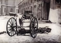 The photo of a carriage belonged to GD Sergey Alexandrovich, husband of Ella - Elizaveta Feodorovna. The picture was taken just after the explosion that killed him~
