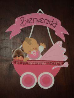Resultado de imagen para carteles de bienvenida para bebes Distintivos Baby Shower, Baby Shower Crafts, Baby Shower Games, Baby Shawer, Bebe Baby, Baby Door Hangers, Baby Shower Invitaciones, Baby Shower Centerpieces, Welcome Baby