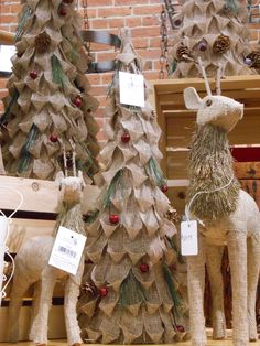 Burlap Christmas decor.