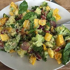 This salad is amazing. With pumpkin from our own garden. Best ever. Recipe by #greenkitchenstories #greenkitchenstoriesrecipe #vegan #salad #quinoa #pumpkin #healthy