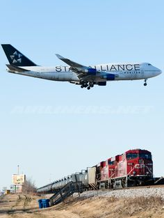 """Star Alliance (United Airlines) By powwwiii Pilot, Boeing 747 400, Jumbo Jet, Commercial Aircraft, United Airlines, Civil Aviation, Aircraft Pictures, Jet Plane, Air Travel"