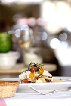 Ensalada de Hinojo, Menta y Burrata.       La Camarga Restaurant