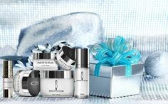What's on your wishlist this year? Anything from #INSTYTUTUM? #christmas #wishlist #skincare #antiaging #swisscosmetic