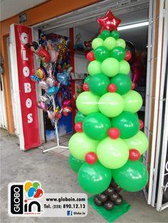 Arbol de navidad con globos