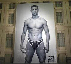 Bola.net: Alex Ferguson | Ronaldo: Fergie Akan Suka Foto Celana Dalam Saya