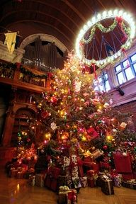 Christmas at Biltmore House, went there and did that! It was amazing!