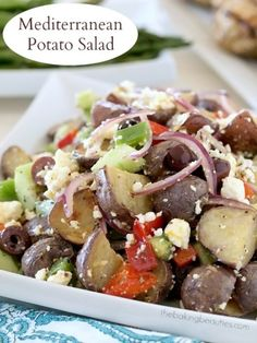 Who says potato salad has to have mayo? Check out this Mediterranean Potato Salad from Faithfully Gluten Free Best Side Dishes, Cooking Recipes, Healthy Recipes, Side Recipes, Greek Recipes, Side Salad, Soup And Salad, Pasta Salad, Mediterranean Recipes