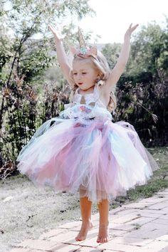 Beautiful Rainbow TuTu for girls Girl Unicorn Costume, Unicorn Outfit, Unicorn Halloween, Unicorn Kids, Unicorn Headband, Birthday Girl Dress, Birthday Gifts For Girls, Unicorn Birthday Parties, Tween Costumes