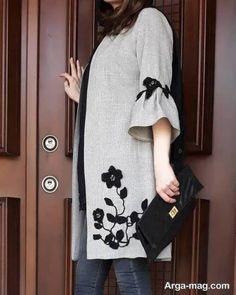 Best 12 Our females' vests and find elegant quilted gilets of highest-quality,… - Mode Frauen Abaya Fashion, Muslim Fashion, Fashion Dresses, Batik Fashion, Iranian Women Fashion, Latest Fashion For Women, Modest Dresses, Casual Dresses, Mode Abaya