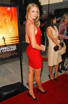 celebrity feet pictures from Rachel Nichols Feet photos) Rachel Nichols, Celebrity Feet, Celebrity Style, Actrices Hollywood, Gorgeous Body, 6 Photos, Pictures, Beautiful Actresses, Beautiful Celebrities