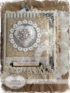 I like the idea of these fabric books. Would be time consuming. Good for a winter project I think.