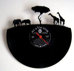 Horloge vinyle Afrique by Funkyvinyl on Etsy, €35.00