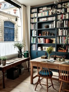The Family Duplex: Paris Architect Camille Hermand's Newly Combined Apartments (Remodelista: Sourcebook for the Considered Home) Design Living Room, Living Spaces, Work Spaces, Home Office Design, House Design, Study Interior Design, Interior Paint, Deco France, Paris France