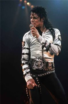 Bad World Tour Onstage- Various Paris Jackson, Mike Jackson, Invincible Michael Jackson, Michael Jackson Bad Era, Bad Michael, Lisa Marie Presley, Elvis Presley, Mjj Pictures, Mj Bad