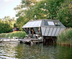 A house built in the shape of a hexagon on the lakeshore of Christiania, Copenhagen