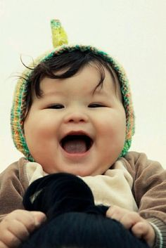 See more cute and funny kids videos here http:// Funny Videos For Kids, Kids Videos, Funny Kids, Cute Kids, Precious Children, Beautiful Children, Beautiful Babies, Happy Baby, Happy Smile