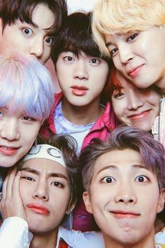 "Read from the story ""THE WEIRD GIRL"" [BTS]✓✓ by YanZel_ (YANZEL ^^) with reads. Foto Bts, Bts Photo, Bts Lockscreen, Bts Taehyung, Bts Bangtan Boy, Bts Jimin, Camisa Bts, Bts Group Photos, Bts Group Picture"