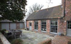 Outdoor patio set in West Sussex