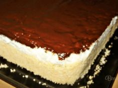 Recept na hříšně dobrý tvarohový koláč. Tento dezert jsem kupovala za velké peníze v cukrárně a konečně vím, jak si ho připravit! Czech Recipes, Ethnic Recipes, Sweet Desserts, Food Styling, Baking Recipes, Tiramisu, Cheesecake, Food And Drink, Meals