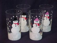 Handpainted Country Snowman Juice Glasses http://www.lisascreativedesigns.com/item_191/Handpainted-Country-Snowman-Juice-Glasses.htm #handmadeChristmasGifts #ChristmasCrafts #SnowmanGlasses
