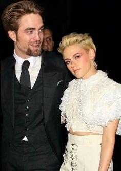 Twilight Saga, Robert Pattinson, Actress Photos, Kristen Stewart, Edward  Bella, Edward Cullen, Bollywood