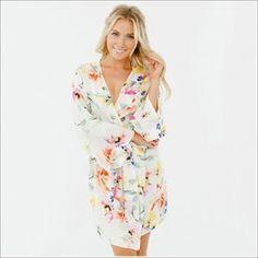 Kimono Style. Knee Length Robe. Paradise.