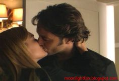 Lip-lock between Mick St. John (Alex O'Loughlin) and Beth Turner (Sophia Myles).