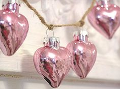 Pink hearts for Christmas tree decoration Noel Christmas, Pink Christmas, Vintage Christmas, Christmas Bulbs, Christmas Decorations, Christmas Hearts, Christmas Blessings, Heart Decorations, Miniature Christmas