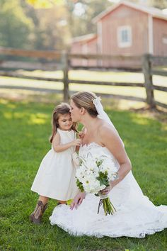 Cowboy boots on the flower girl? Love!
