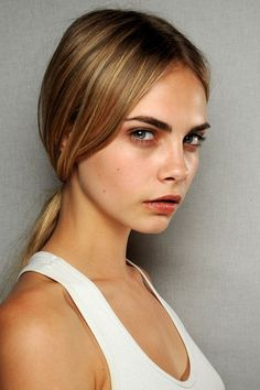hair low pony - good make up too