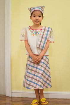 My Mom-Friday: Kid-Style: Best in Filipiniana 2014 Philippines Outfit, Philippines Culture, Philippines People, Filipiniana Dress, Filipino Girl, Costume Patterns, Costume Ideas, Thinking Day, Mom Outfits