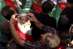 """طفلة شهيدة .. ووالدها لا يزال يريدها الأجمل والأكثر بهجة #Ajagaza #GazaUnderAttack #ICC4Israel #ISupportGaza pic.twitter.com/RVb94nD4ti"""""""