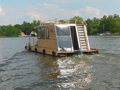 catamaran lodge, could you add folding porch on either side for transportation?