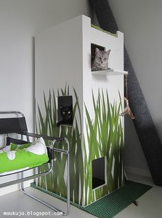 DIY cat castle! We can make one and put it in the east corner.