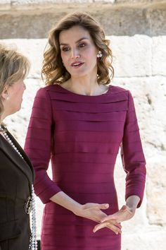 Pin for Later: Allow Queen Letizia to Show You the Royal Version of a Body-Con Dress