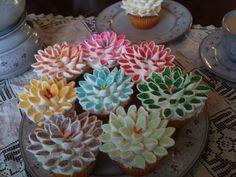Marshmallow Flower Cupcakes #Food #Drink #Trusper #Tip
