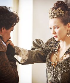 BBC Musketeers Queen ann | The-Musketeers-BBC-image-the-musketeers-bbc-36754717-500-600.png